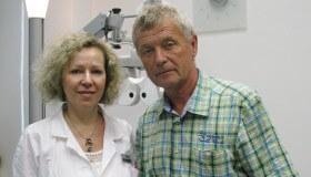 Zpěvák Jožka Šmukař na vyšetření v NeoVizi