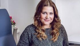 Ilona Csáková na klinice NeoVize