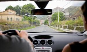 2 % řidičů nerozeznají červenou barvu. Většinou to jsou muži
